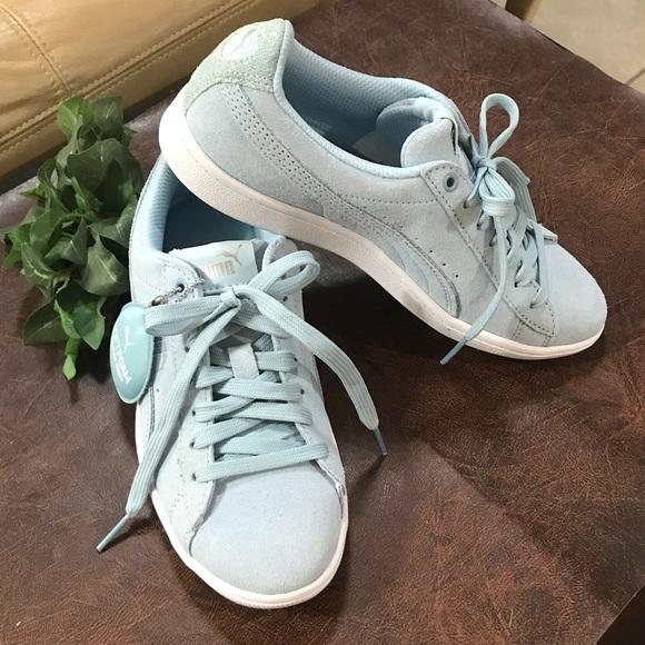 ef587748a24 NWOB Puma Soft Foam Sneakers